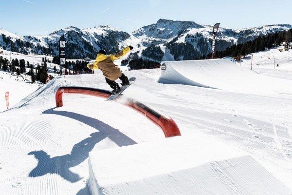 snowpark obereggen nello ski center latemar in trentino alto adige