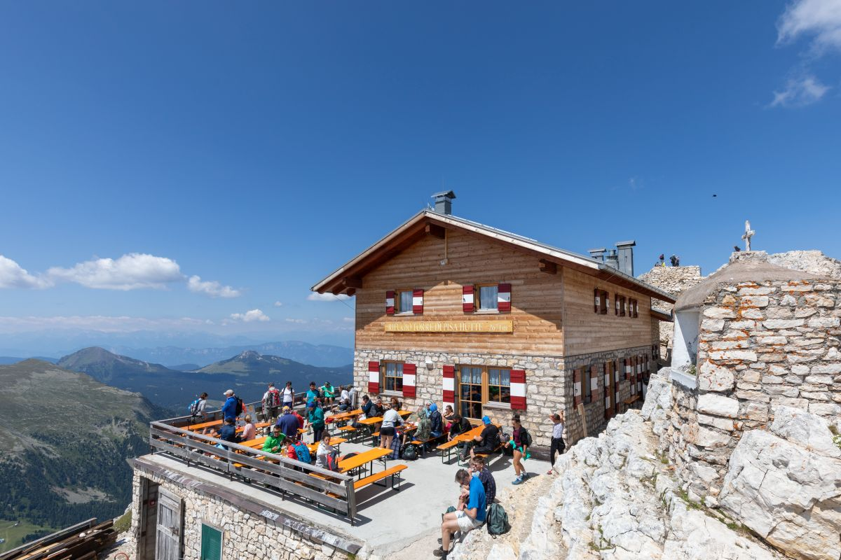 Torre di Pisa mountain hut